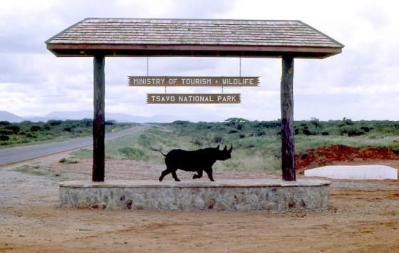 Entrada a Tsavo. Wikipedia
