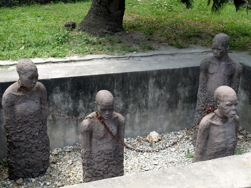 Mercado de esclavos. Por Udare