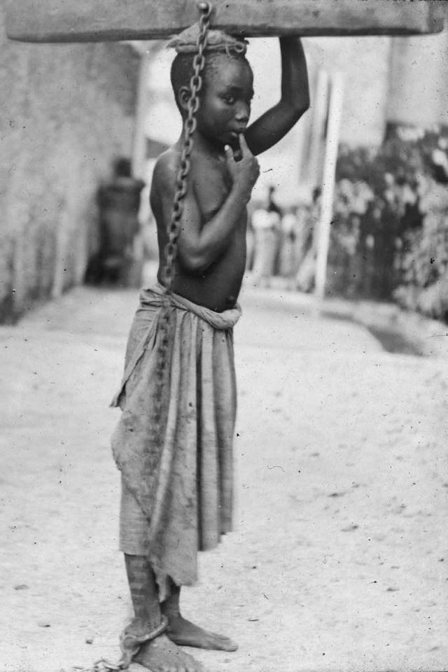 Fotografía de un niño esclavo en Zanzíbar. National Maritime Museum, Londres, Inglaterra.