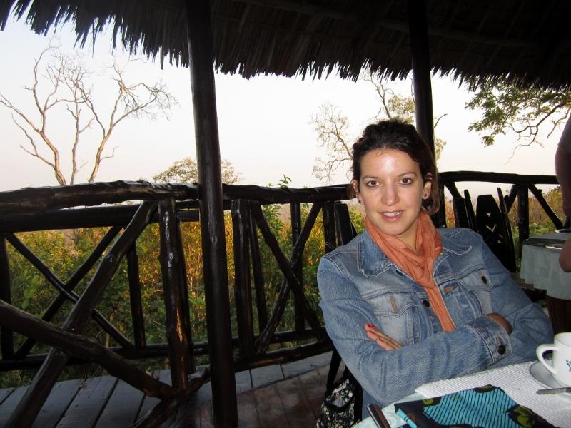 Desayunando en Mikumi antes de comenzar el safari. Por Pillareta