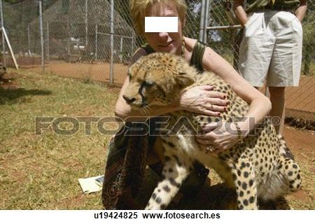 Orfanato de animales de Nairobi. De Fotosearch