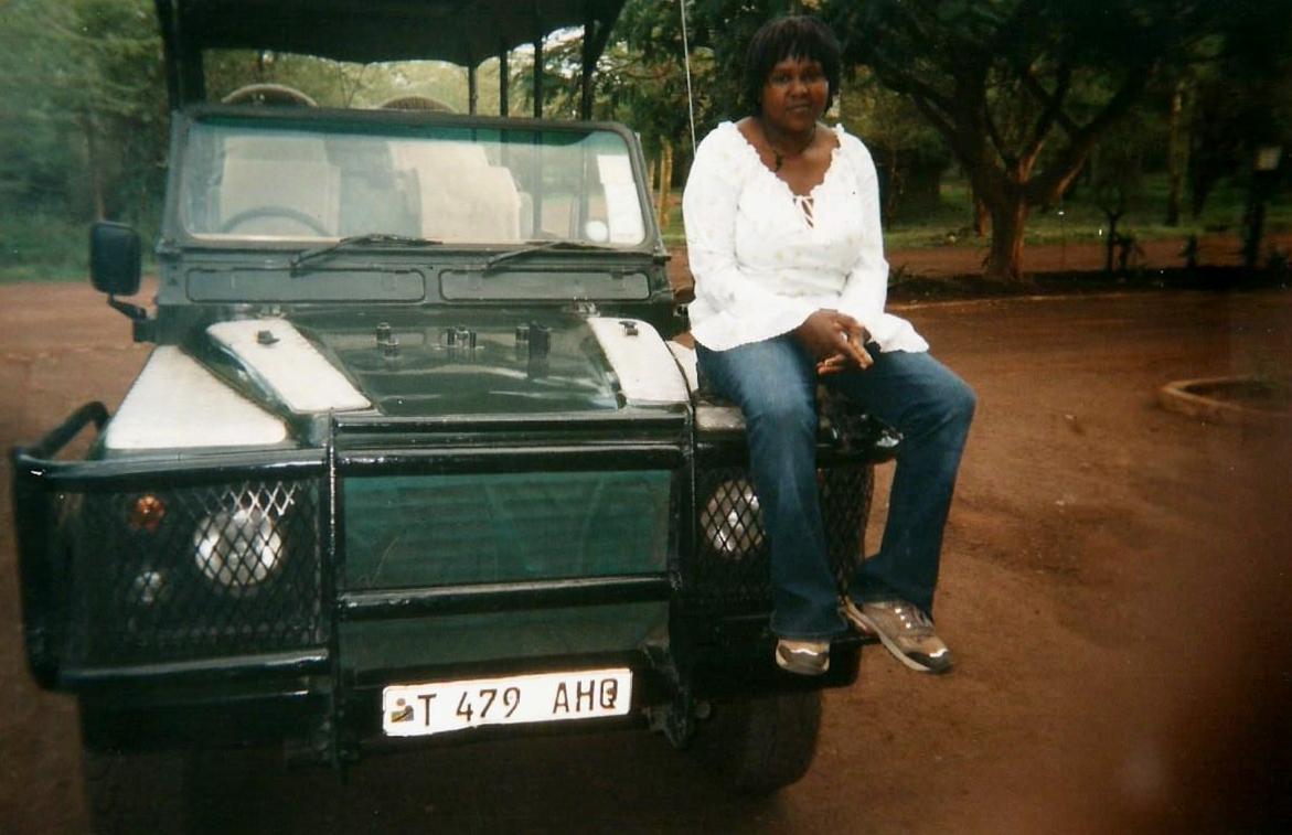 Colleta durante las prácticas en Manyara