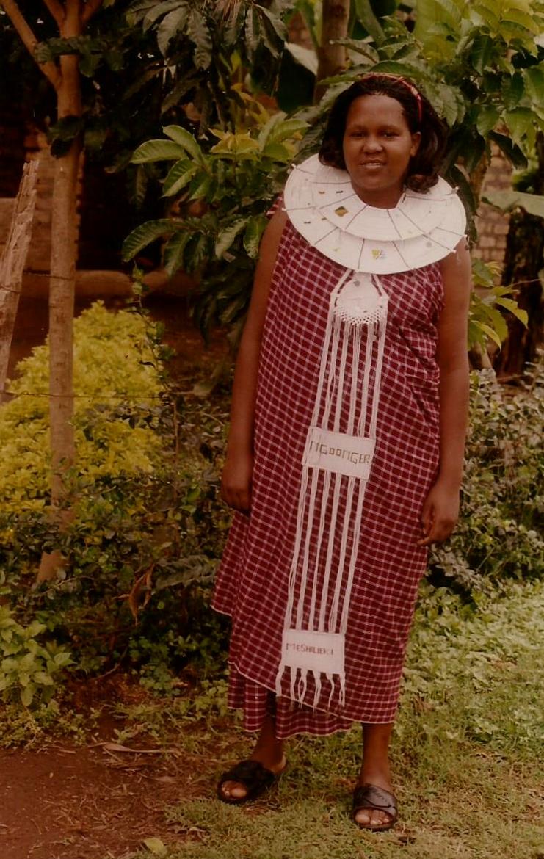 Colleta, muy joven en su aldea