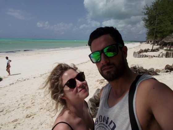Raúl y Lucía disfrutando de Zanzibar. Por Lucía