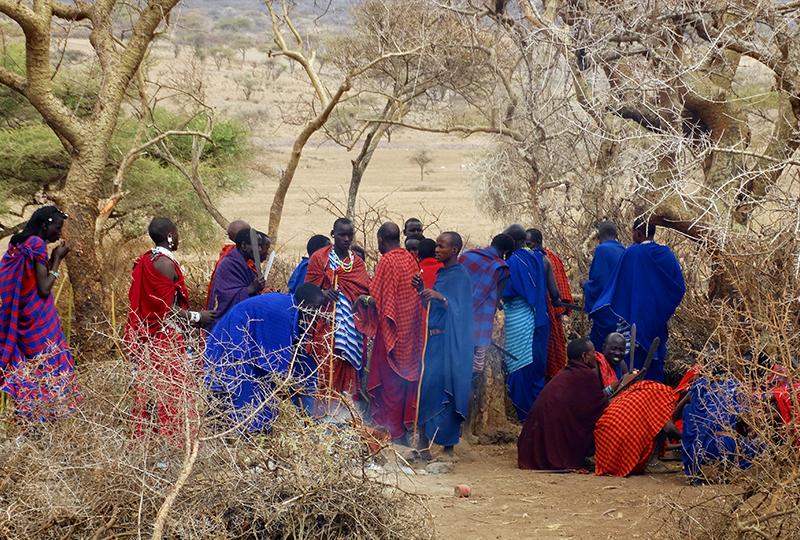 Masais en Ngorongoro. Por Udare
