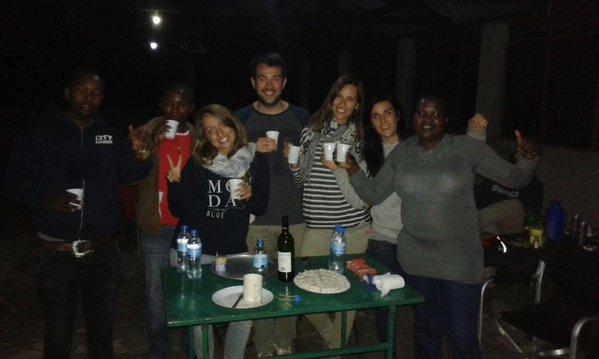 Sobremesa en Serengeti,. Por Colleta