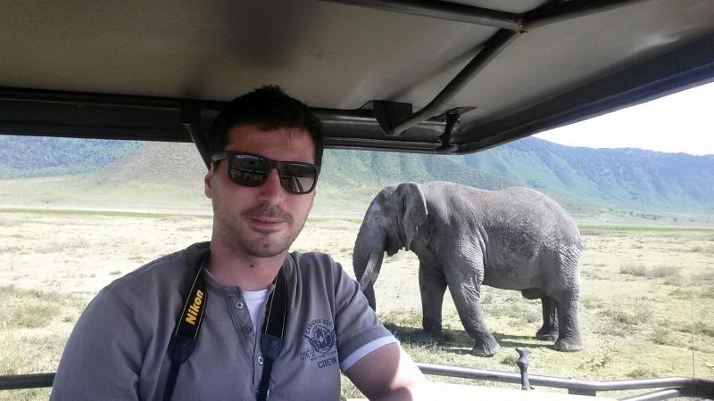 Pablo en el cráter de Ngorongoro. Por Pablo