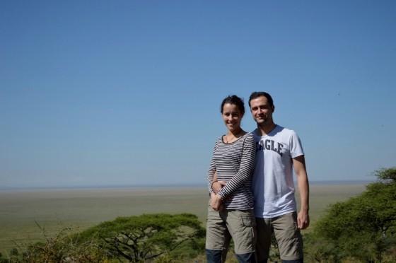 Sara y Juan José, con el Serengeti a sus pies. Por Sara