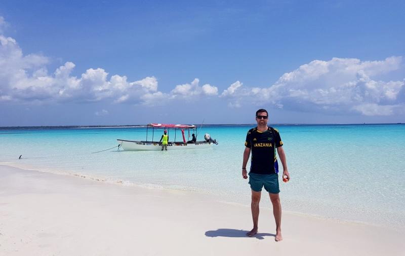 Javier en Nungwi Beach. Por Javier