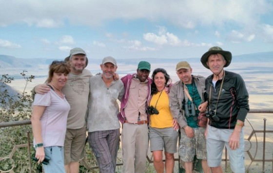 Grupo al complento en Ngorongoro. Por Eduardo