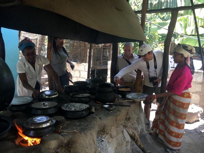 Comida local en Mto Wa Mbu. Por Fernando M