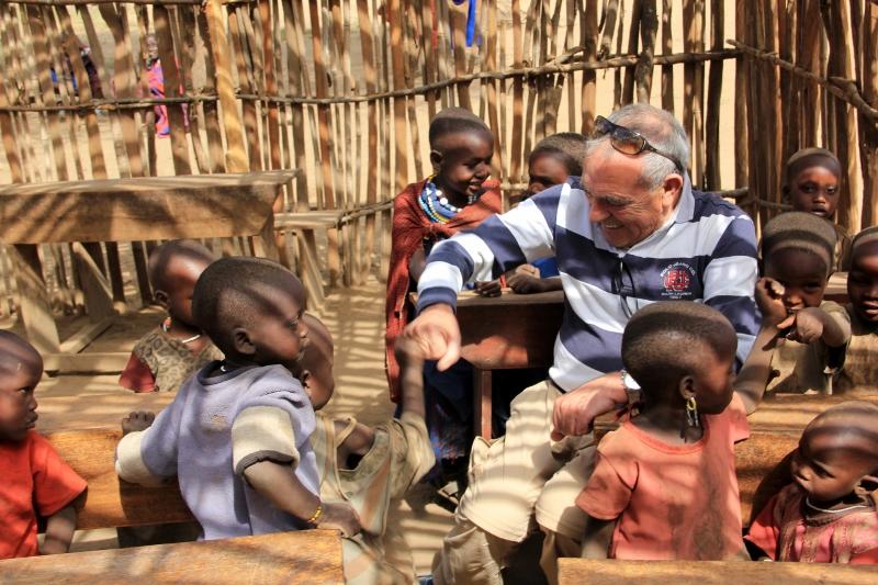 Visita escuela poblado masai. Por Fernando M