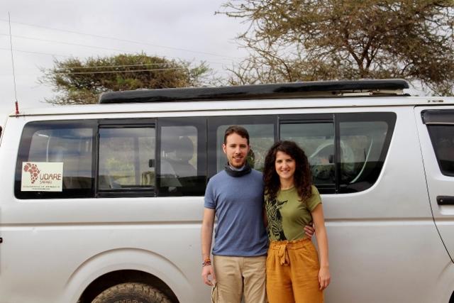 Minivan de safari. Por Jose Carlos