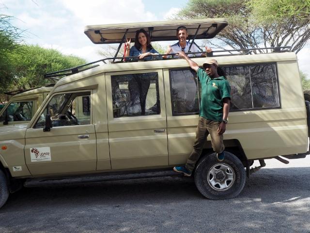 Land Cruiser de Tanzania con Bruno, su conductor. Por Marcos