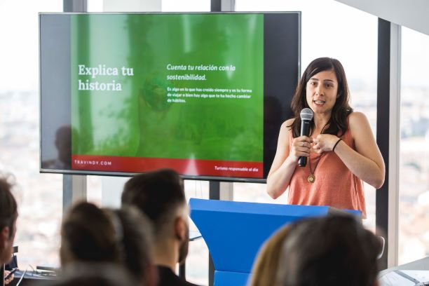 "Cristina de ""Travindy y EcotravelDesign"". Por KLM"