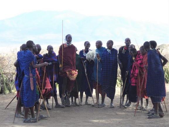 Danza masai. Por Suso y Anabel