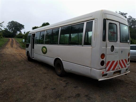 Autobus propiedad del hotel The Ark en Aberdare. Por Udare
