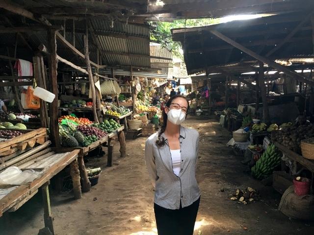 En el mercado de Mto Wa Mbu. Por Jean