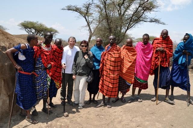 Visitando un poblado masai. Por Marisa y Jose